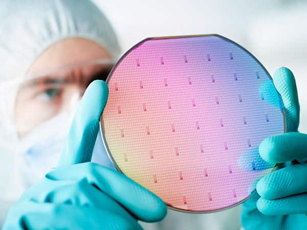 Semiconductor Wafer Dicing Solutions | Dynatex International